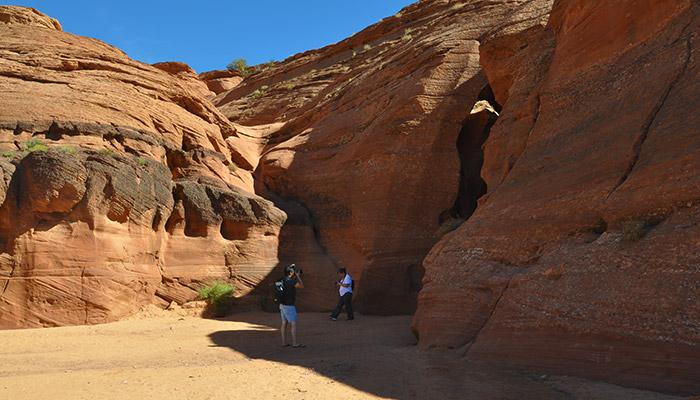 Diferencias-Antelope-Canyon-Waterhole-Canyon-entrada-antelope