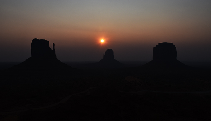 Que-ver-monument-valley-amanecer