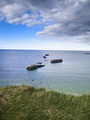 MONSTRAVEL_Normandia_barcazas