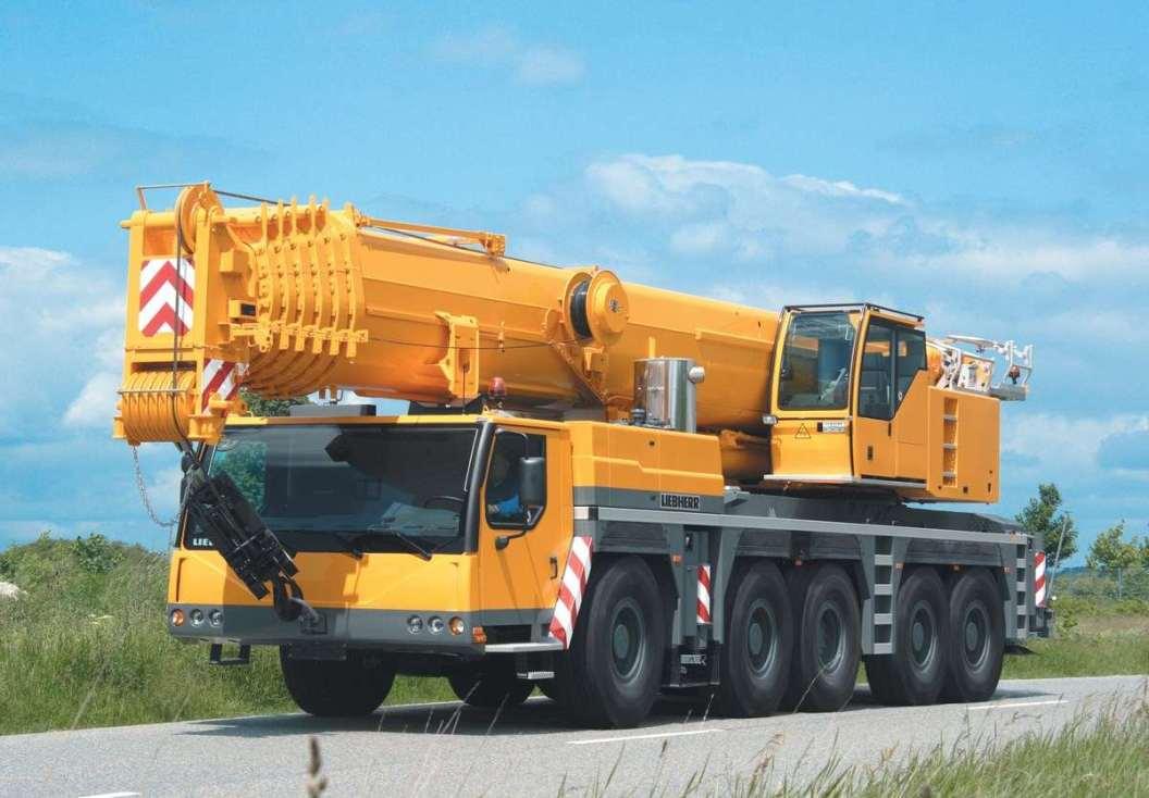 Autogrù Liebherr, 300 tons