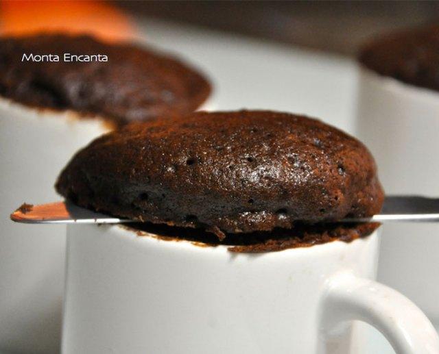 bolo-de-chocolate-de-caneca21
