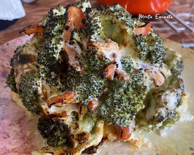 brócolis inteiro assado