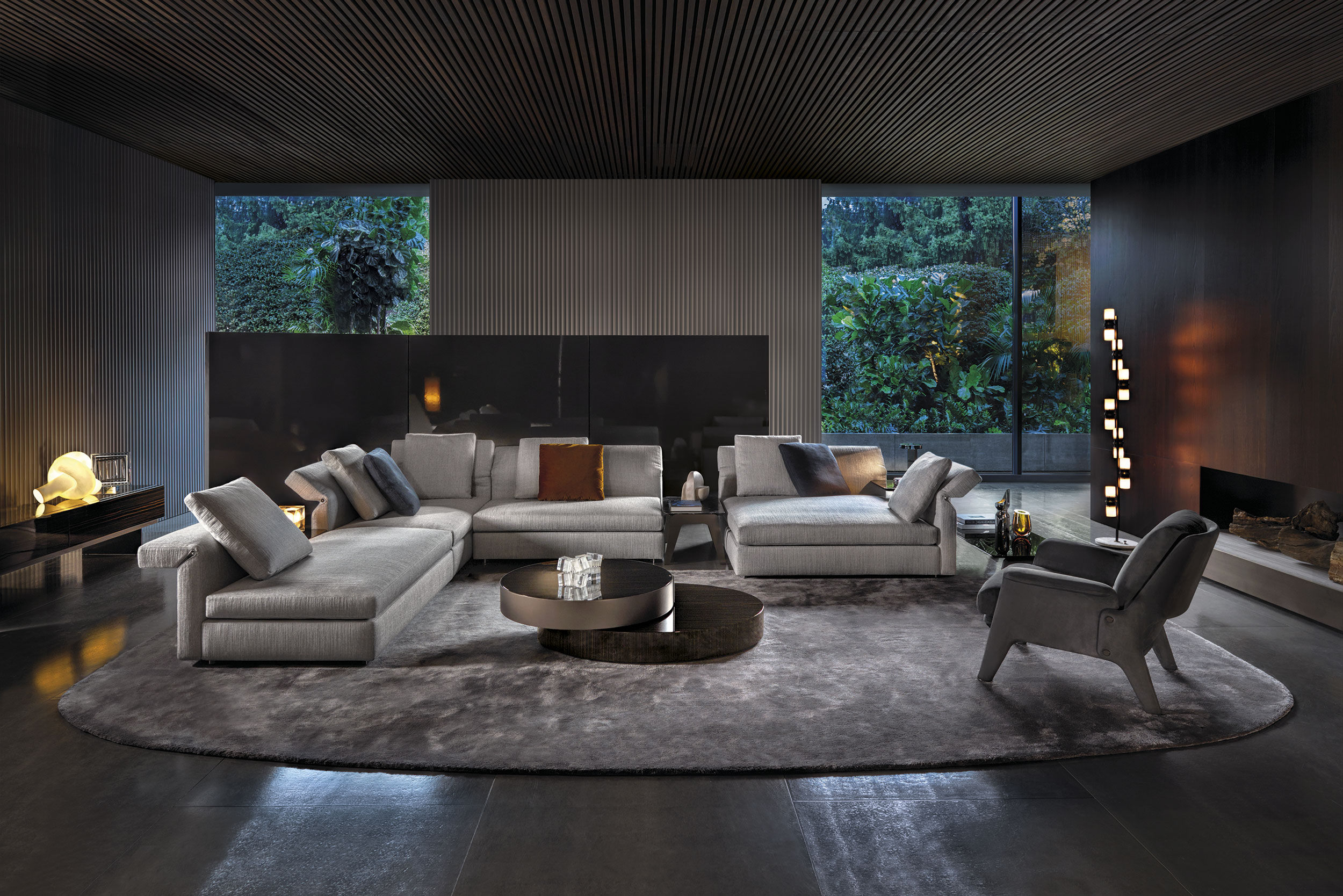 Montage  Commercial  Minotti