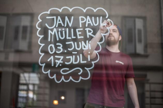 Jan Paul working with Montana BLACK Dye Ink Marker
