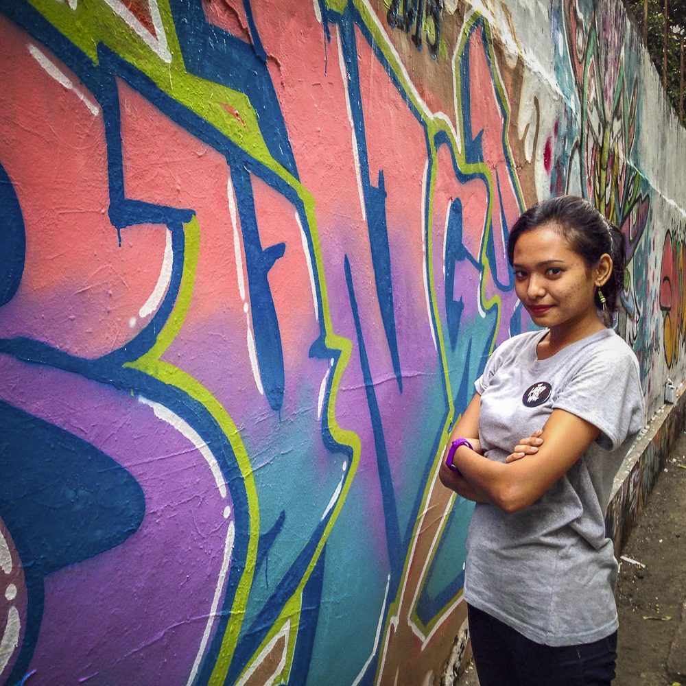Two Years Ago She Started The Project La S On Wall To Support Women Writers In The Country La S On Wall Indonesia Interview Graffiti Artist Bunga