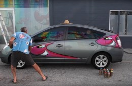Kenny Scharf paints Prius Karbombz Series