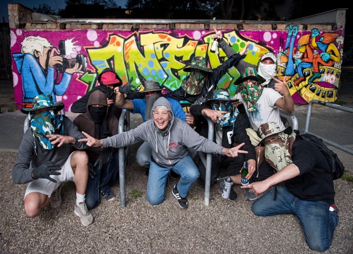 1 WEEK WITH 1UP – Martha Cooper & Ninja K vs 1UP Crew