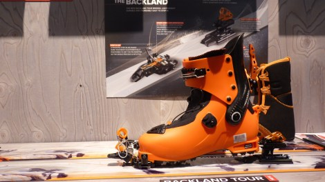 ATOMIC-backland-light-skis-chaussures-2