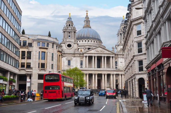 famous churches in london