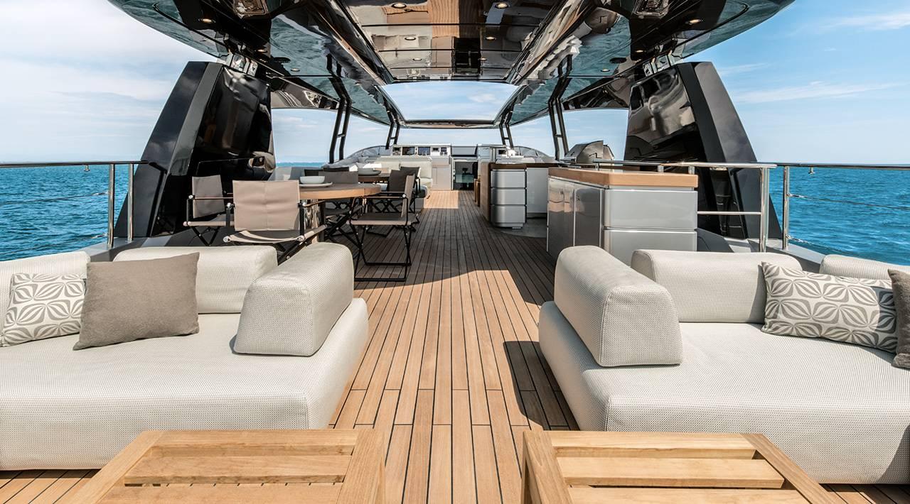 MCY MCY 105 Yacht De Luxe