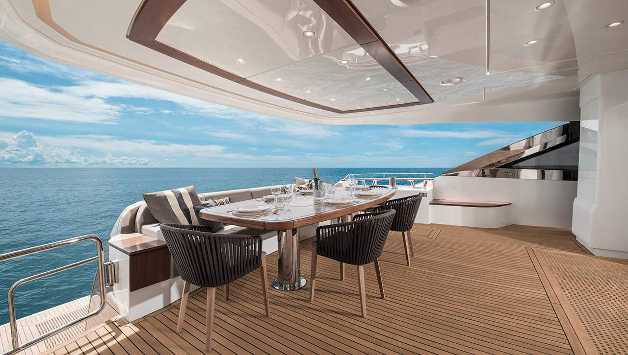 MCY 96 Monte Carlo Yachts Yacht De Luxe