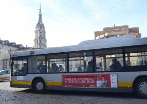 autobus advertising
