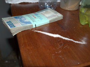 drugs-and-money-3-20-2009-7-11-08-pm