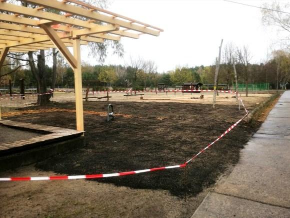 Montessori-Grundschule-Königs-Wusterhausen_Grosser-Arbeitseinsatz-auf-dem-Schulcampus-Königs-Wusterhausen-der-FAWZ-gGmbH_10