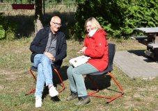 Geschäftsführer Thomas Enkelmann mit Referentin für Schulentwicklung