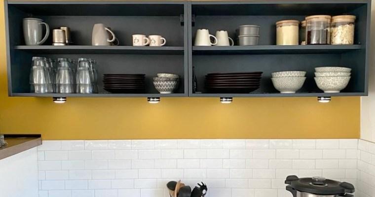 DIY °7 – Relooking meuble haut de cuisine