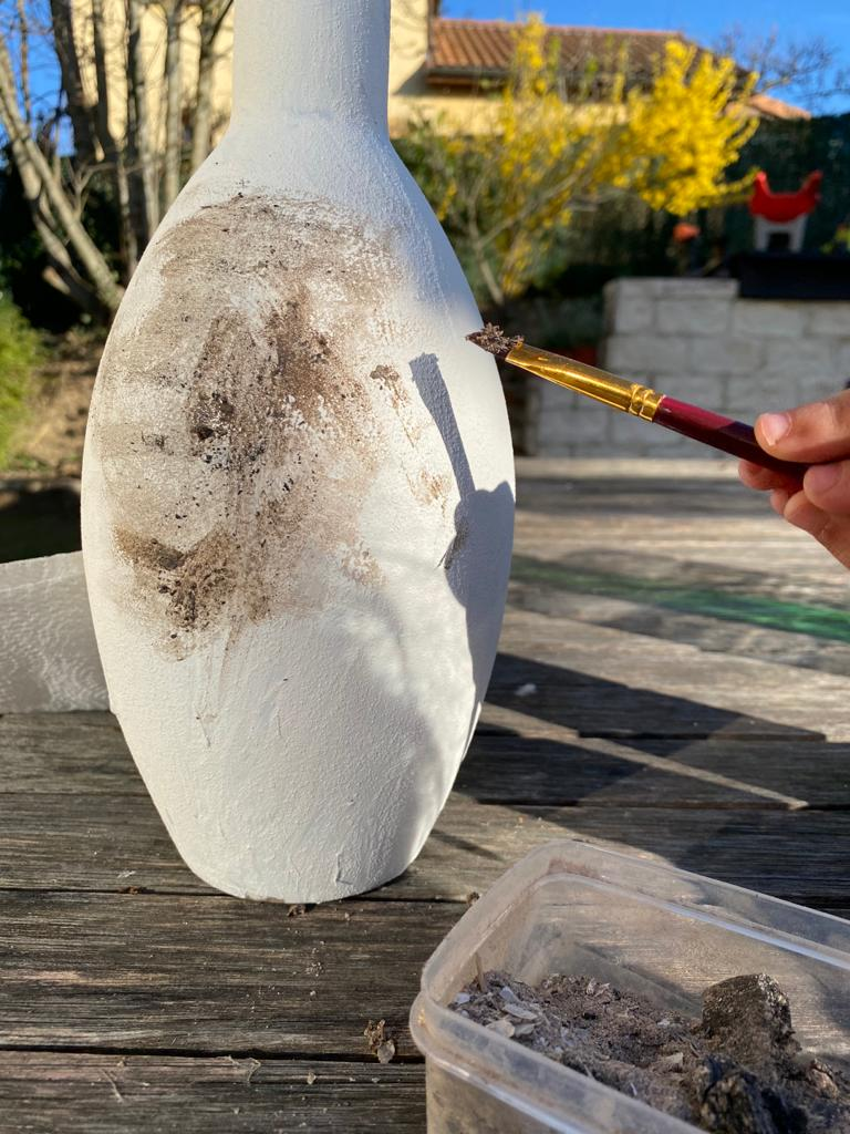 Peinture bicarbonate et cendre