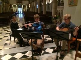 Musiciens en prestation à la cathédrale Christ Church de Montréal
