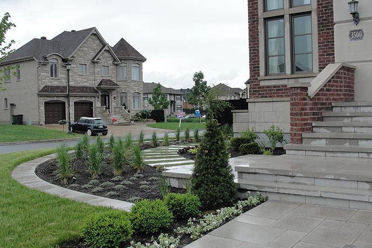 Modern Landscaping Amp Garden In Ville St Laurent Montreal