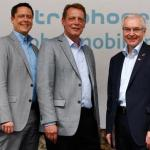 Die Chefetage von Truphone: Robert Jones, Managing Director Europe; Thomas Geiss, Country Manager Deutschland; Steve Robertson, Chief Executive Officer (v.li.) (Bild: Truphone)