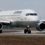 Ab Sommer 2016 können Passagiere der Lufthansa bei innereuropäischen Flügen im Internet surfen. (Foto: Lufthansa)