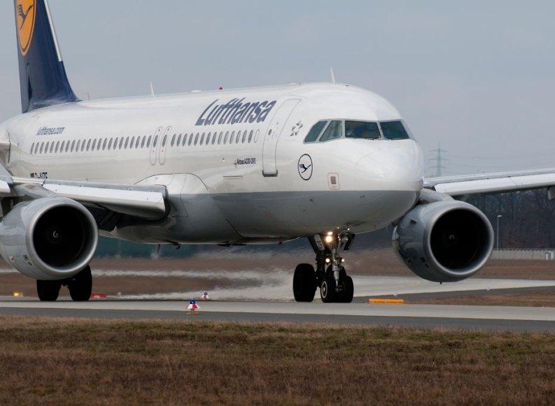 Lufthansa kündigt schnelles Internet für Kurz- und Mittelstreckenflüge an