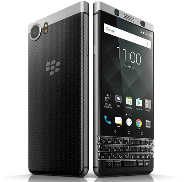 The first impression of the BlackBerry KEYone