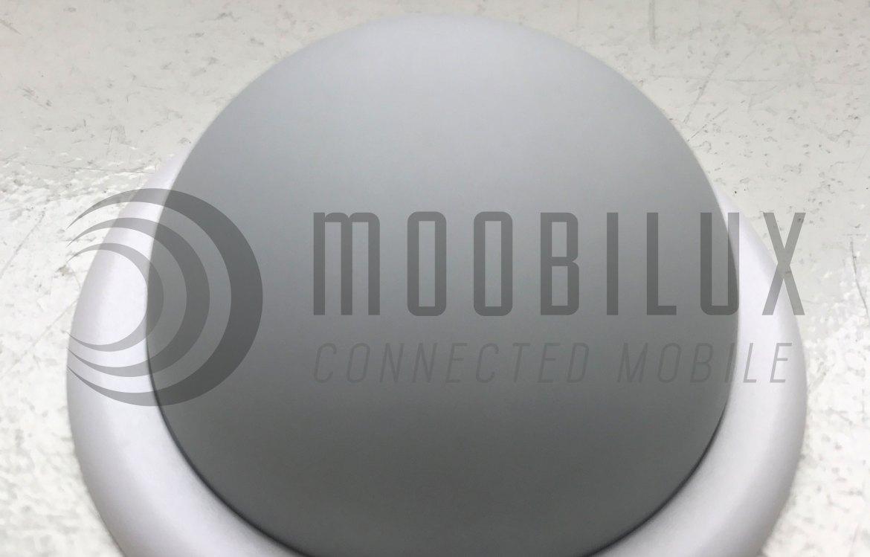 Durch die Magnetkugel lässt die Arlo Pro sich leicht positionieren. (Bild: moobilux.com)