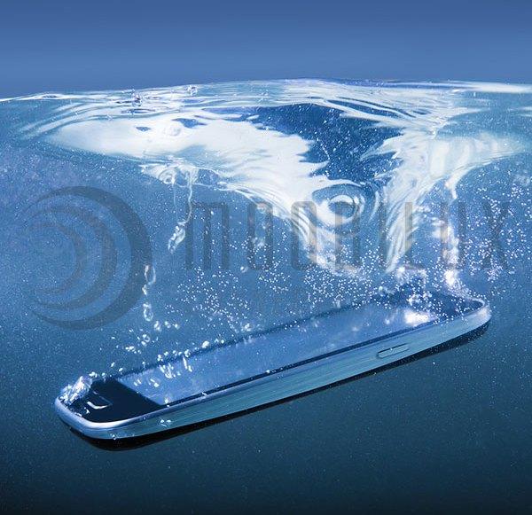 Was machen bei Wasserschaden am Smartphone?