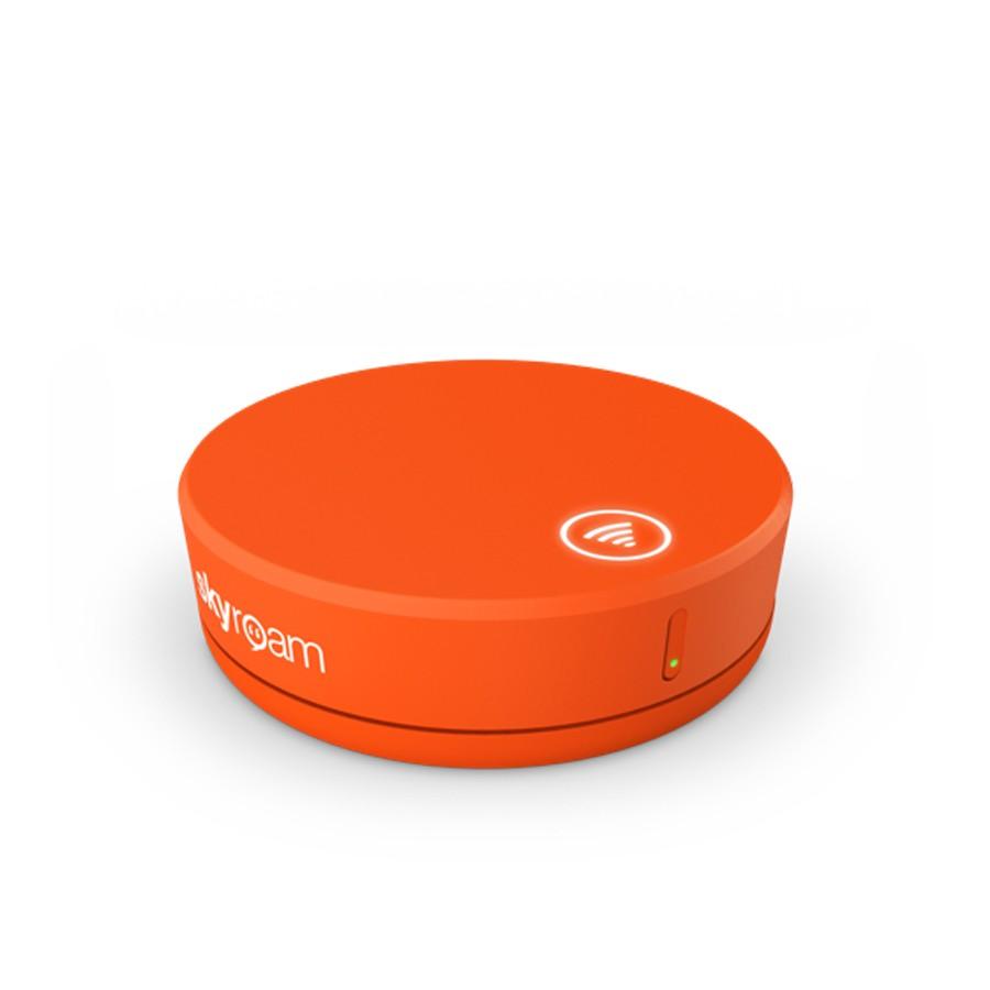 Der Skyroam Hotspot Solis unterstützt LTE & ist zudem eine Powerbank.