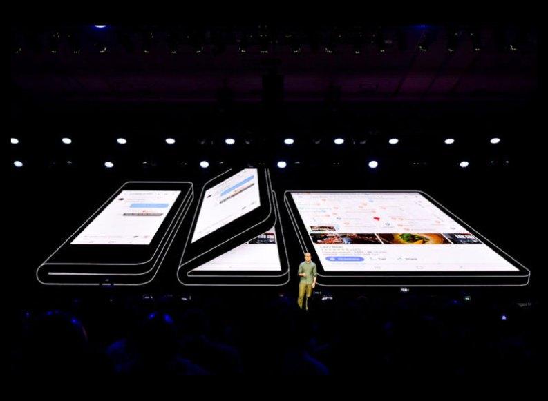 Auch Samsung stellt faltbares Smartphone vor