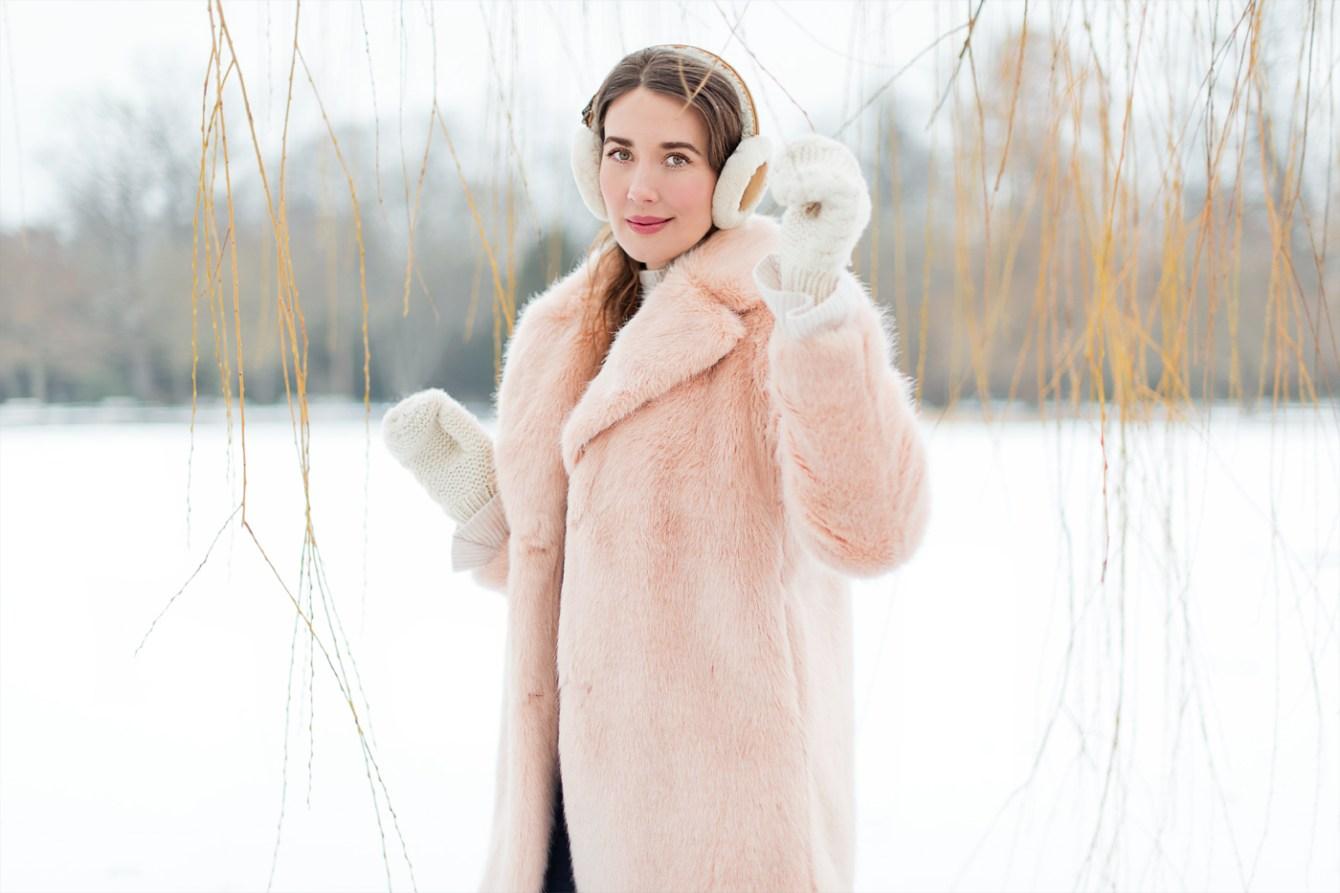 zara-faux-fur-coat-teddy-coat-ugg-ohrschuetzer-winterstyle-fashionblogger