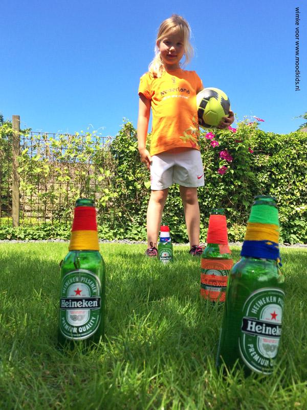 WK flessenvoetbal  MoodKids