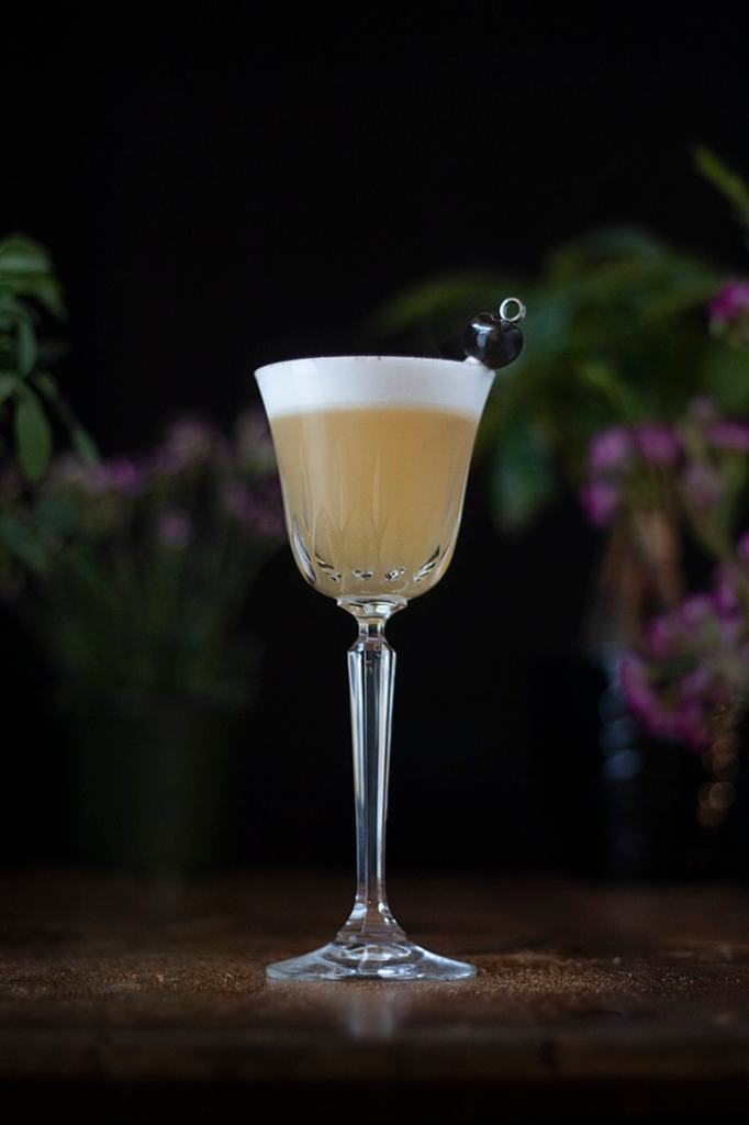 augustum-whiskey-sour-golden-hour-sour