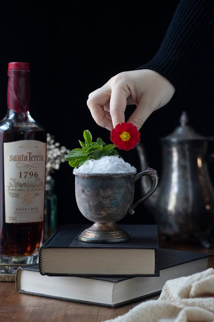 aged-rum-mint-julep-03-2278536