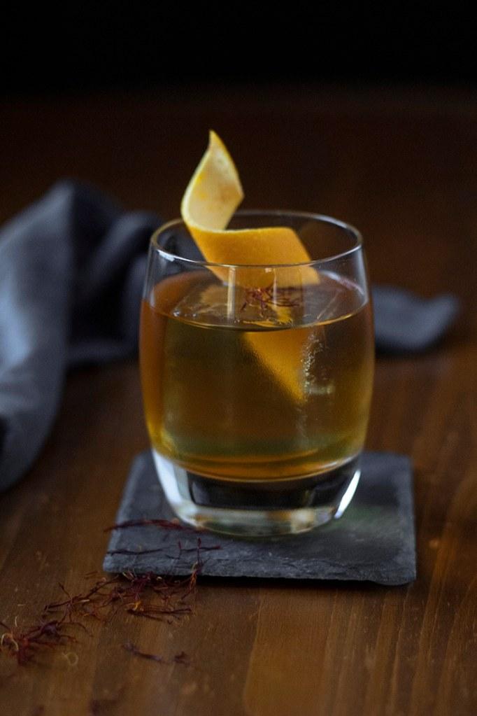 saffron-honey-rum-old-fashioned-03-8120697