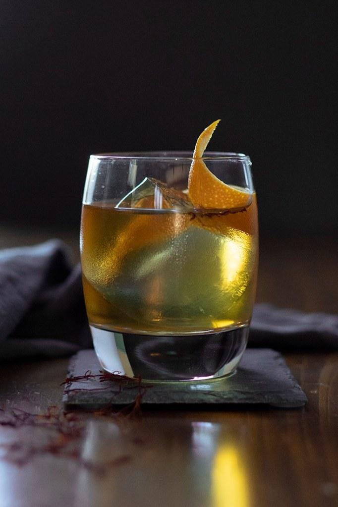 saffron-honey-rum-old-fashioned-04-8289732