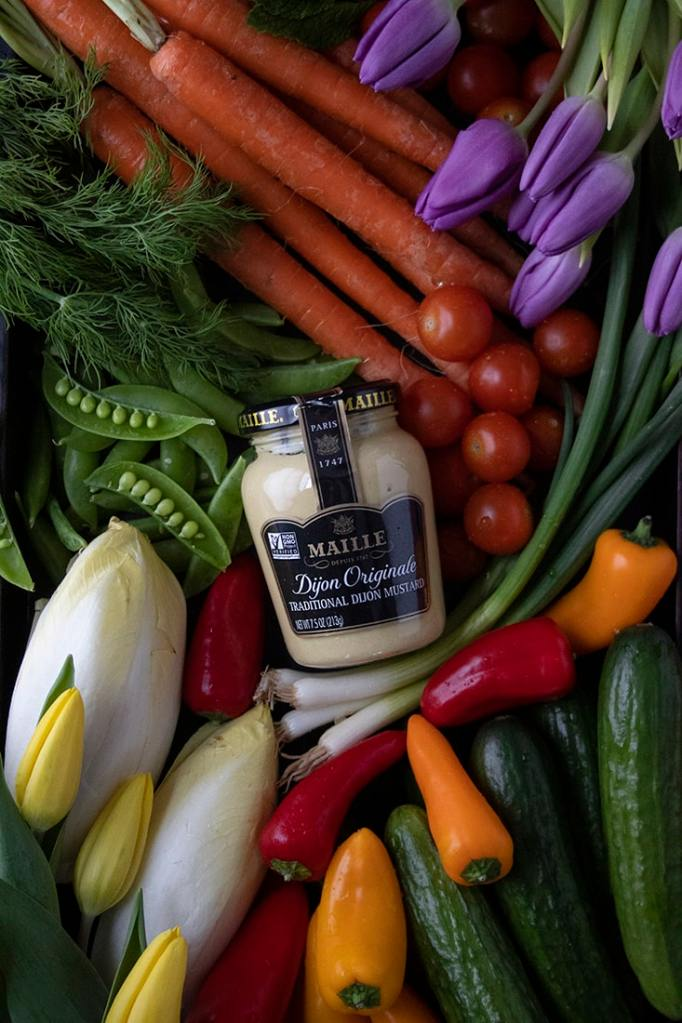 maille-mustard-and-herb-dip-for-crudites-ingredients-2996710