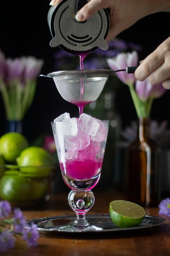 fine-straining-the-cocktail-9868154