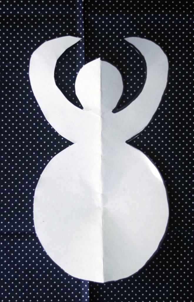 Easy DIY goddess spell poppet pattern and tutorial.