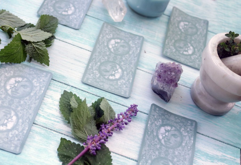 Relax! Try this 5-card tarot spread to sooth stress.
