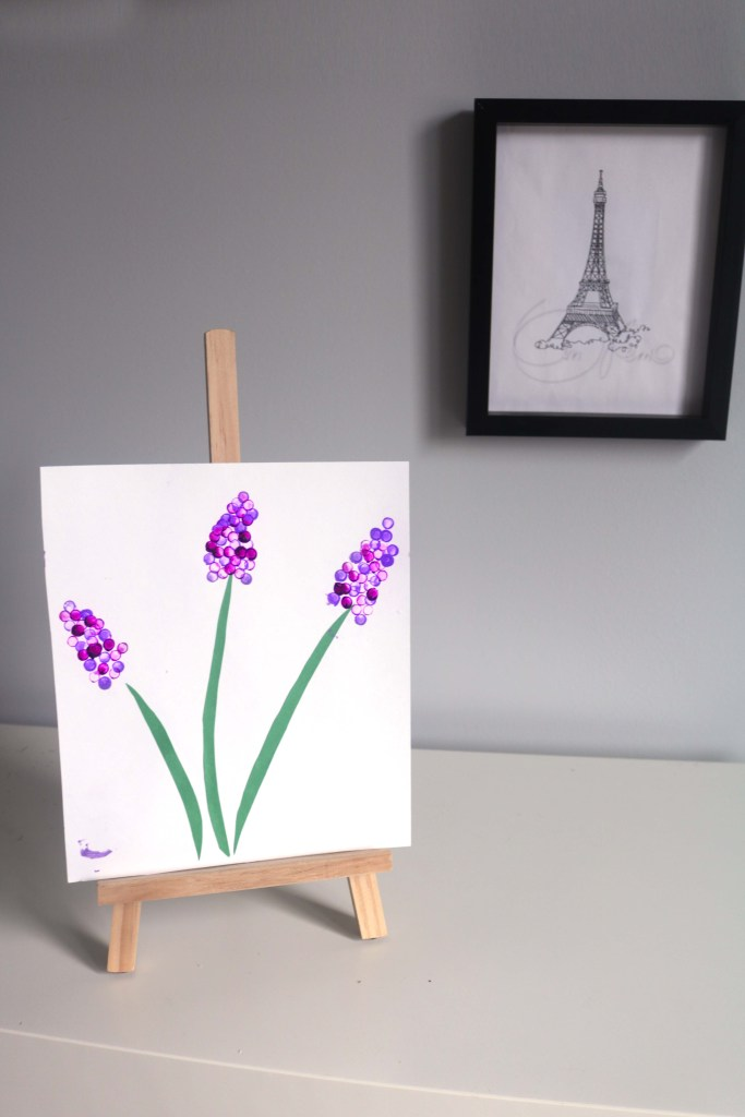 French lavender painting craft. Totally easy and a project to do during a unit on France.