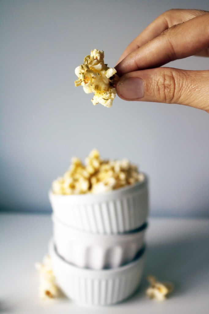 Shareable, natural, herbal popcorn recipe makes the perfect treat for Lammas.