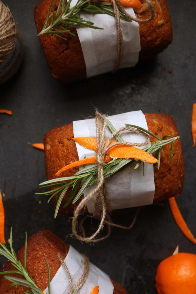 Yule Orange Ginger Spice Cakes