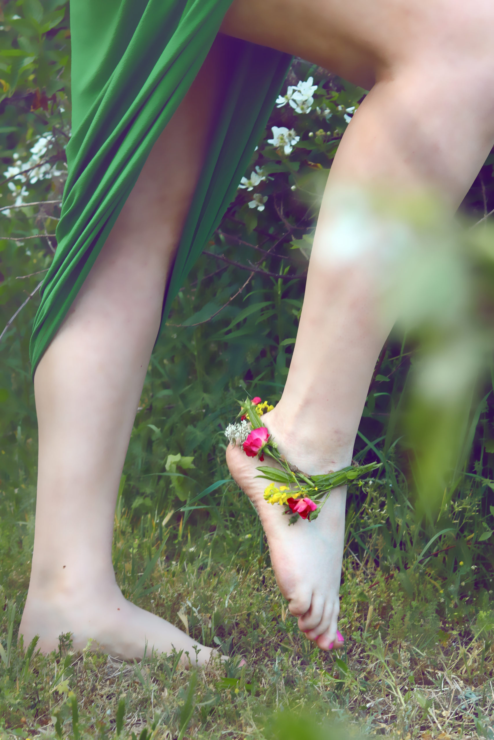 Earthing The Green Witch's Guide to Getting Grounded
