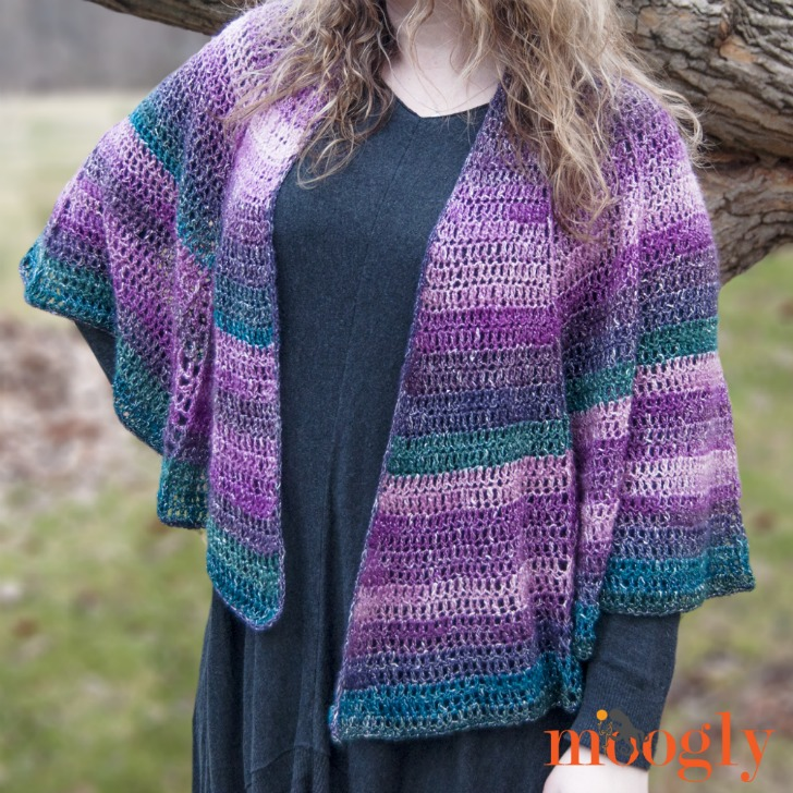 Lotus Blossom Shawl - free crochet pattern on Mooglyblog.com! Uses just 2 skeins of Lion Brand Shawl in a Ball!