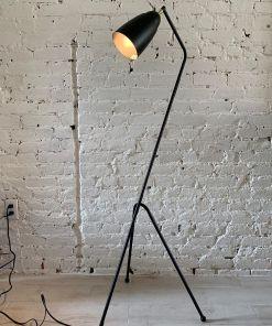 Heuschrecke Stehlampe