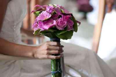 bruidsboeket voorbeeld trouwen trouwdag bruidsfotografie