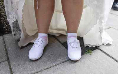 Gemakkelijke trouwschoenen voor de bruid op de feestavond