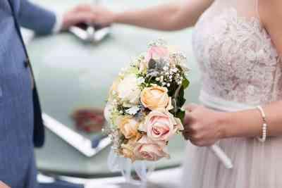voorbeeld bruidsboeket bruid trouwdag